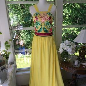 OndadeMar NWOT yellow maxi dress size M.